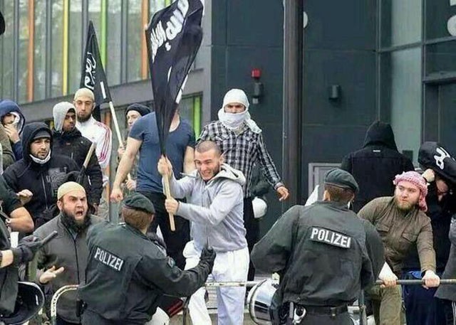 isis-suppporters-germany-ip