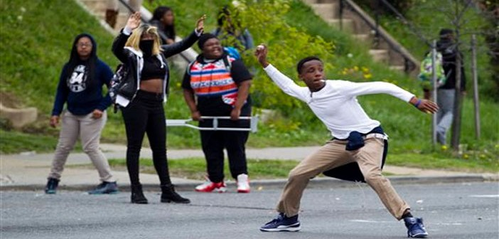 street-riots-in-baltimore-cover-702x336