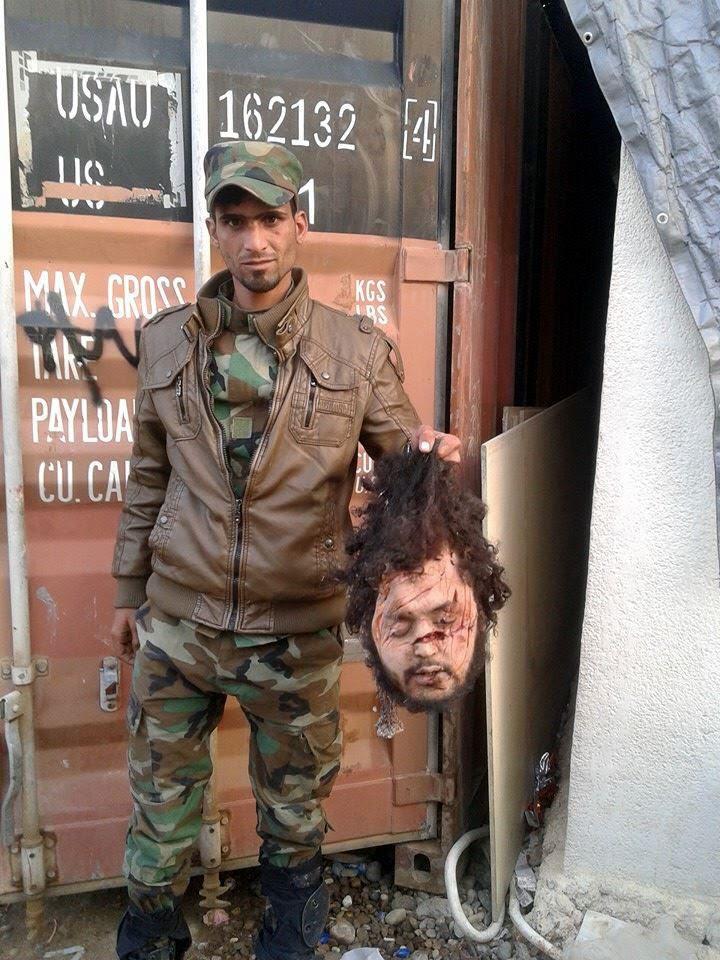 terrorist-fra-tv-med-afhugget-hoved